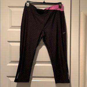 Nike Dri-Fit Cropped Leggings - XL - Mint